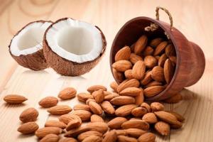 Beneficios de la almendra y el coco