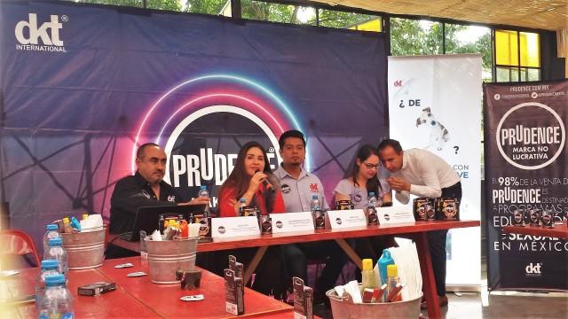 """DKT de México presenta nueva línea de condones doblemente lubricados """"Prudence Full Sensitive"""" dirigida a adultos jóvenes."""