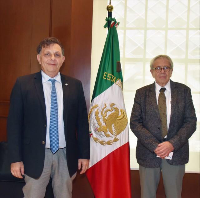 El Secretario de Salud, Jorge Alcocer Varela, se reunió con funcionarios de la Oficina de las Naciones Unidas.El organismo colaborará con el Gobierno de México en la gestión de proyectos para infraestructura pública y compra de medicamentos.