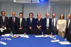 El Titular de los CCINSHAE, Alejandro Mohar Betancourt informó que se fortalecerán los hospitales regionales de alta especialidad.