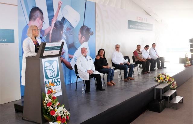 La titular del Programa IMSS-BIENESTAR, Gisela Lara Saldaña, informó que en el primer día se realizaron 346 valoraciones a mujeres.