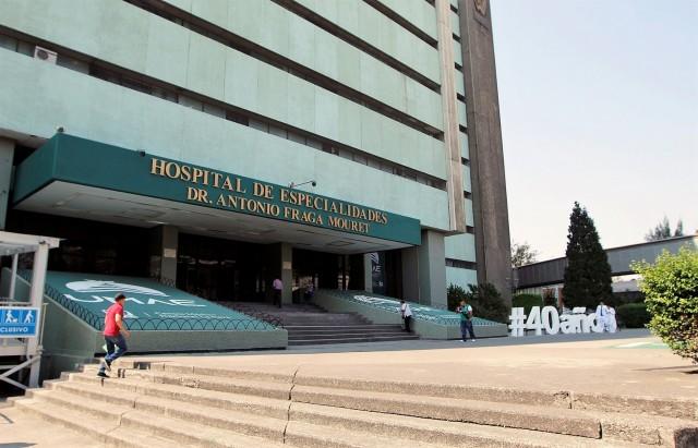"""Este 20 de abril, la Unidad Médica de Alta Especialidad (UMAE) Hospital de Especialidades """"Dr. Antonio Fraga Mouret"""", del Centro Médico Nacional """"La Raza"""", cumple 4 décadas de servicio ininterrumpido."""