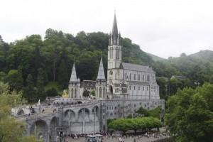 Santuario de Nuestra Señora de Lourdes en Francia