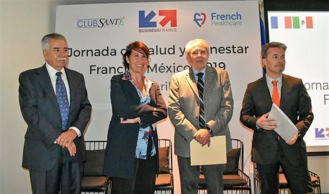 Estuvieron presentes en la Jornada de salud, la profesora Dominique Le Guludec, Presidenta de la Máxima Autoridad Sanitaria en Francia; miembros del gabinete de salud de Francia y del cuerpo diplomático acreditado en el país.