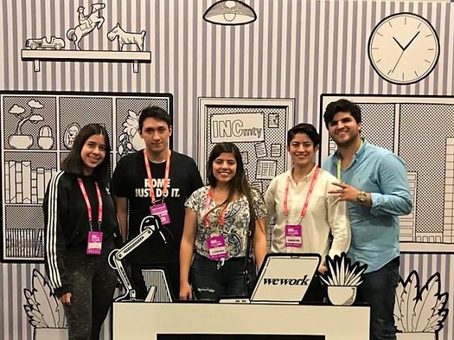 Sebastián González, Dayana Fiore, Christian Yadad, Regina Valades y Miranda Sofía Turcott, alumnos del Tecnológico de Monterrey, Campus Santa Fe, desarrollaron Donty Tabs,