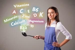 Riesgo de anemia por falta de vitamina B12; veganos más susceptibles.