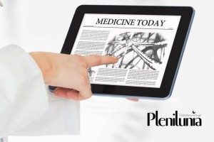 tablet con noticias de plenilunia