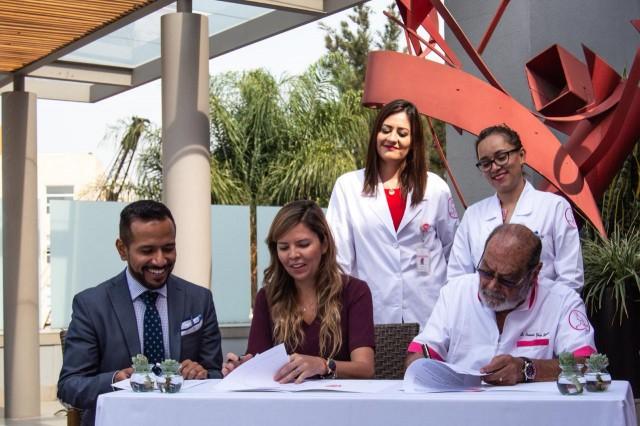 Fundación Grupo México A.C. a través de su programa Dr. Vagón, El Tren de la Salud y FUCAM A.C. reafirman colaboración en la campaña para la detección oportuna del cáncer de mama, a través del vagón del Servicio Integral para la Mujer.