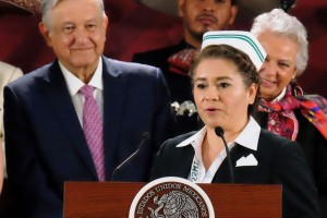 La enfermera María Olivia López Silva, dijo al Presidente Andrés Manuel López Obrador que este programa es la mejor oportunidad que tienen las personas que viven en comunidades rurales para tener una mejor vida