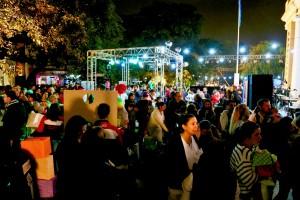 Un hospital de la ciudad de Córdoba (centro de Argentina) abrió sus puertas en horario nocturno para que una multitud de familias pudieran protegerse de diferentes enfermedades en el marco de la Semana de Vacunación en las Américas.