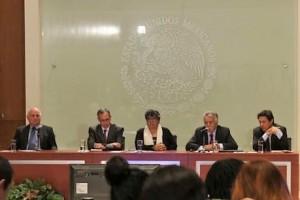 Conferencia de prensa sobre la política de optimización médica y financiera de los insumos para la salud.