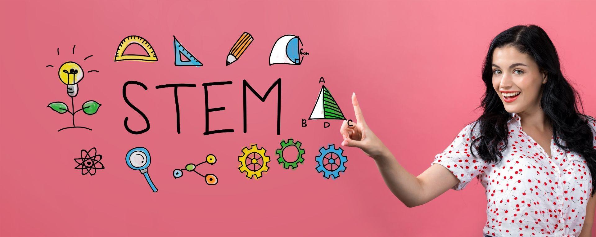 Mujer pulsando palabra STEM