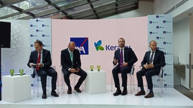 El proyecto implica la construcción de al menos 50 Centros de Atención Médica en el país y la generación de cerca de 1,000 empleos directos. Durante el primer año de operación la alianza AXA Keralty facilitará el acceso a 100 mil usuarios a la salud privada.