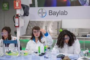Con 3Baylab en México, en Papalote Museo del Niño y Universum en CDMX, y en Papalote Museo del Niño Monterrey, y presencia en 9 países más alrededor del mundo, este novedoso formato de laboratorio educativo se adapta el modelo del Baylab que se encuentra en el BayKomm, en el Centro de Comunicación de Bayer AG, en Leverkusen, Alemania,