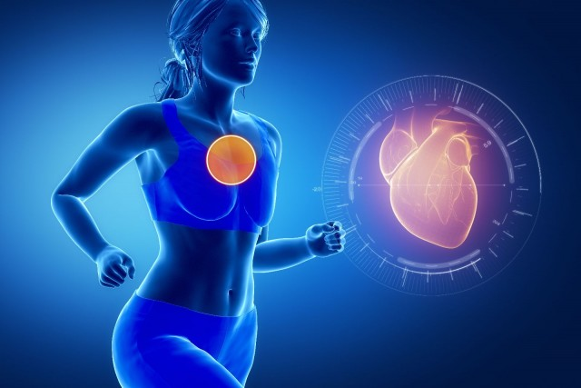 Ilustracón de una mujer corriendo y un corazón