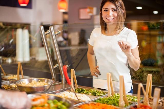 Las dietas más altas en alimentos vegetales y más bajas en alimentos animales se asociaron con un menor riesgo de morbilidad y mortalidad cardiovascular en una población general.