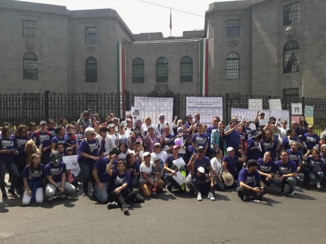 Contingente de la AMFQ, en Ciudad de México