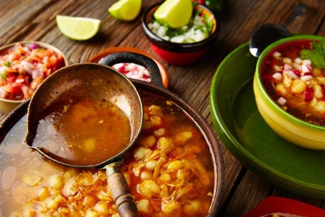 El pozole contiene todos los nutrientes necesarios en una comida, siempre y cuando se cuiden las porciones.