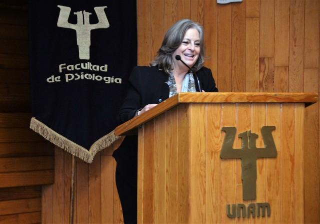 María Elena Medina Mora-Icaza