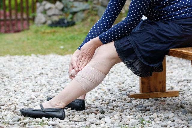 Aproximadamente la mitad de las personas con trombosis venosa profunda no tienen ningún síntoma.