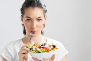 Si tú o alguien de tu familia va a entrar a cirugía, conversa con tu doctor sobre cómo la nutrición ayudará al proceso de recuperación y hará más fácil el retorno a las actividades diarias.