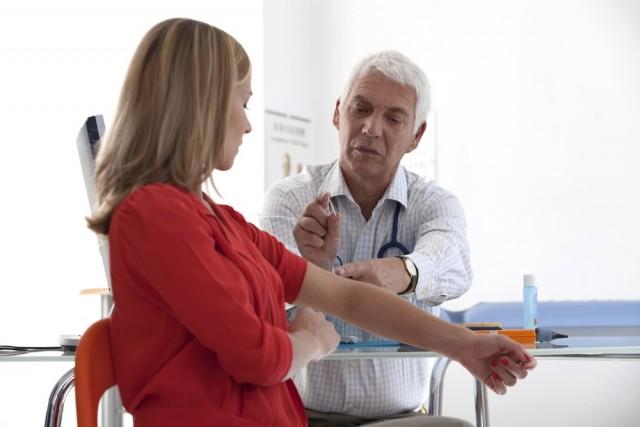 Artritis Reumatoide: más de un millón de personas viven con este padecimiento en México, y tres de cada cuatro de esos pacientes son mujeres.