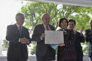 Reconocimiento al Mérito Médico 2019 a la neuróloga Teresita Corona Vázquez