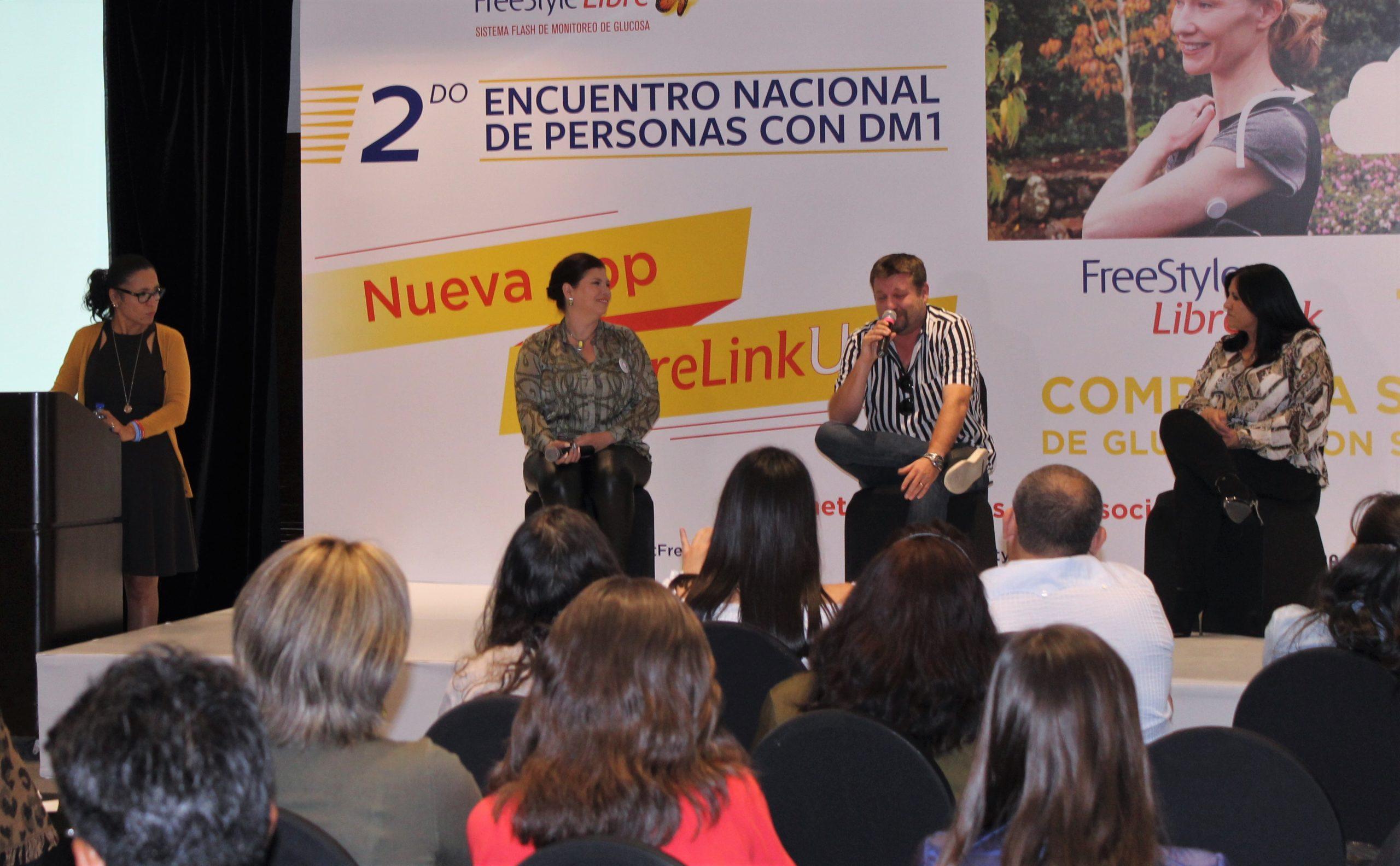 Podium Encuentro Nacional para pacientes con DM1 en la Ciudad de México
