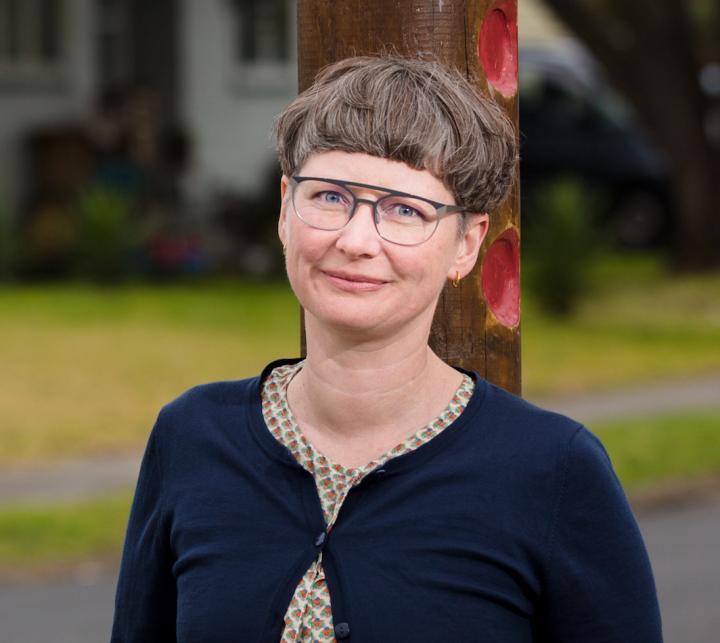 Dra. Alex Macmillan