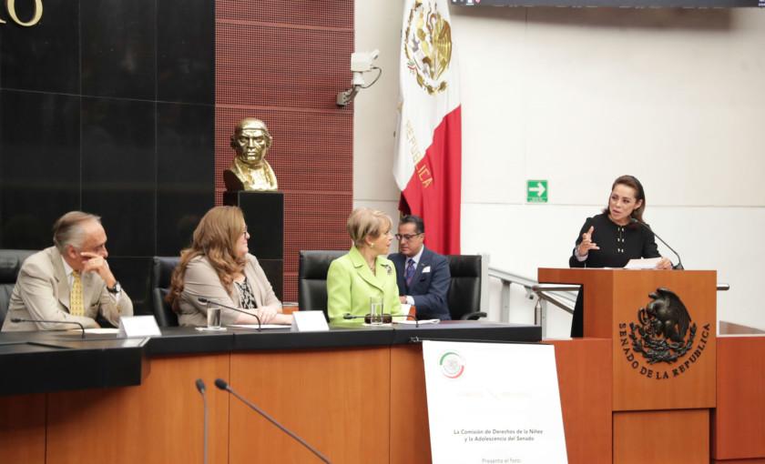 Vázquez Mota y Lolita Ayala