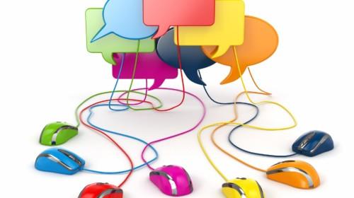 Concepto de red social. discurso de burbuja foro o chat.