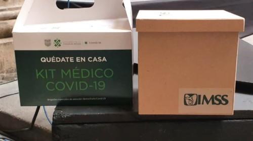 Caja con material médico para COVID-19