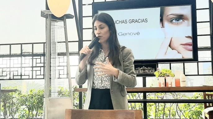 Dra. Eva Arias, especialista en tecnología farmacéutica