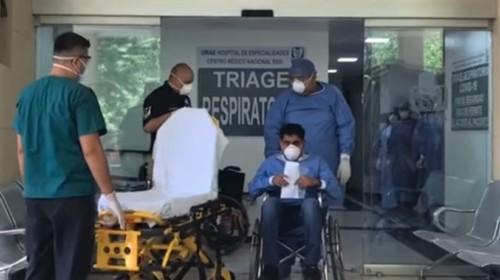Paciente con COVID-19 es dado de alta en Hospital de Especialidades del Siglo XXI para continuar recuperación en casa