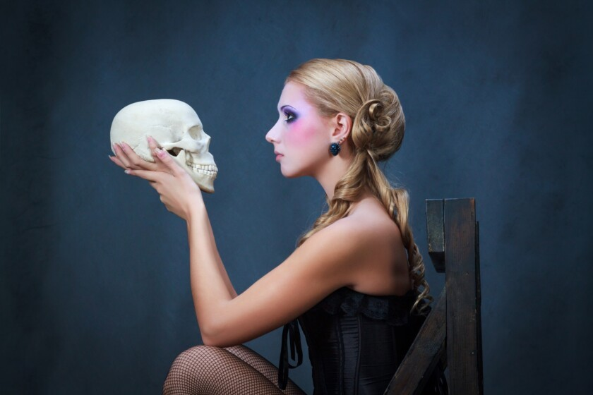 Mujer con una calavera, estudio de tiro