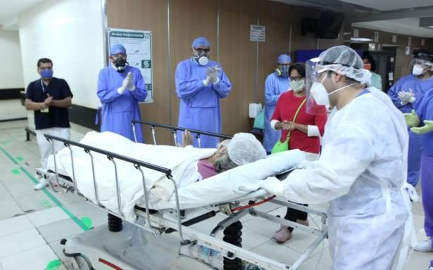 Hortensia, de 65 años de edad, vence al COVID-19 con protocolo experimental de plasma