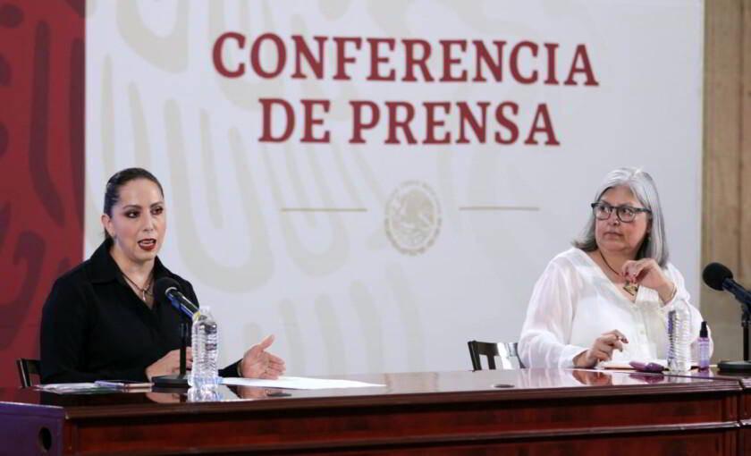 Norma Gabriela López Castañeda, directora de Incorporación y Recaudación del IMSS y Dra. Graciela Márquez Colín, Secretaria de Economía