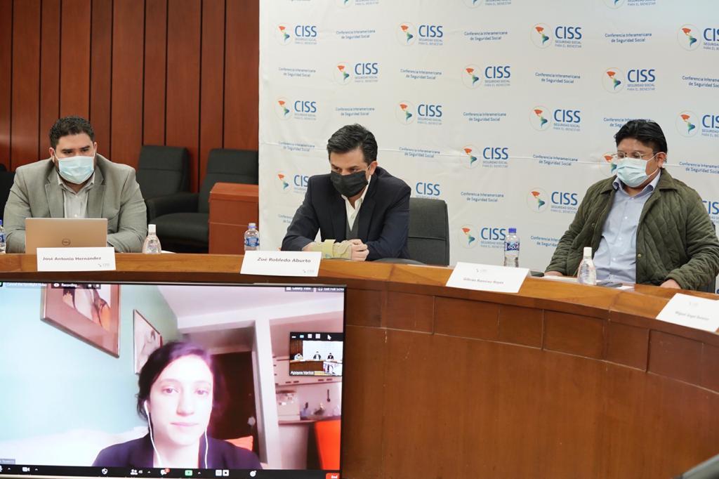 Durante la presentación, Mariela Sánchez, Miguel Ángel Ramírez y Frida Romero, investigadores encargados del Informe presentaron un resumen ejecutivo del ISSBA