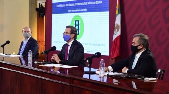 conferencia de prensa, realizada en el salón Tesorería de Palacio Nacional