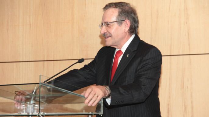 Carlos Rius Alonso, científico de la Facultad de Química de la UNAM