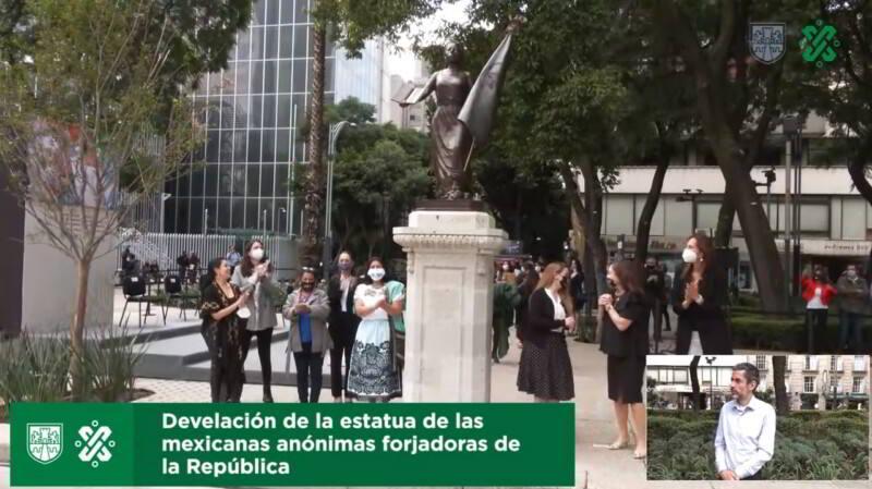 Develación de la estatua de las Mexicanas Anónimas Forjadoras de la República