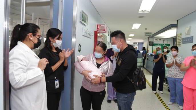 Kailani, bebé prematura con cardiopatía congénita y COVID-19, fue dada de alta de la UMAE Hospital General La Raza