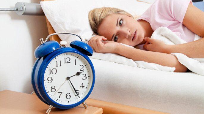 Reloj con sueño por la noche