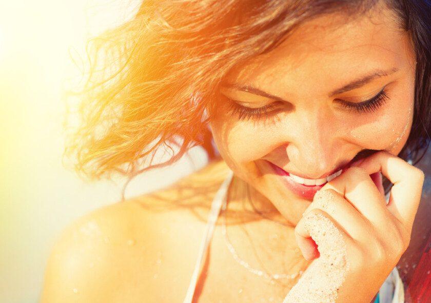 Belleza sol chica retrato