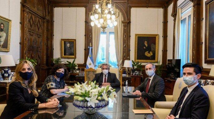 En Argentina, delegación mexicana revisará iniciativas de vacunas contra COVID-19