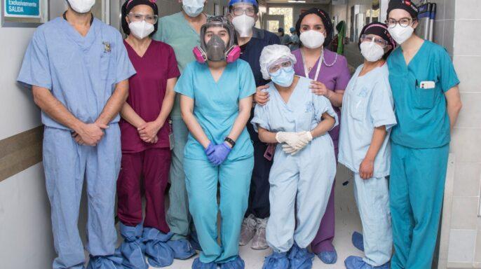 equipo de especialistas del Departamento de Medicina Materno Fetal del instituto
