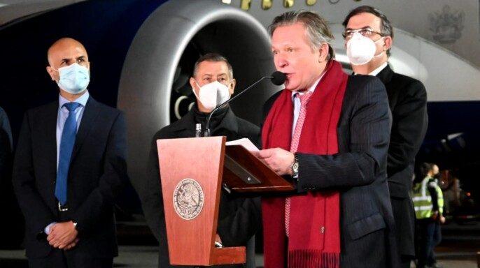 Gobierno de México recibió primeras 200 mil vacunas Sputnik V contra COVID-19 elaboradas en Rusia