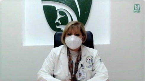 doctora Margarita Ortega Cisneros, especialista en Inmunología y Alergias de la UMAE Hospital de Especialidades del Centro Médico de Occidente