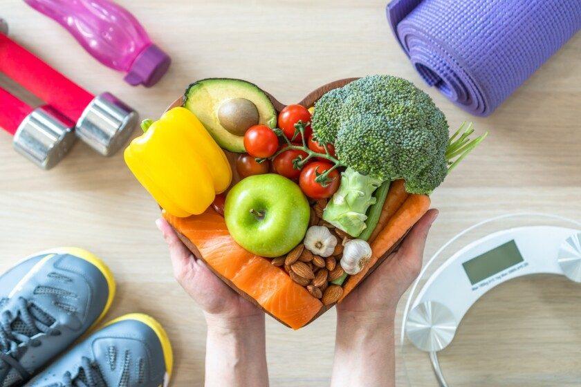 Dieta cetogénica estilo de vida saludable al comer alimentos