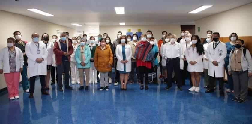 Como parte de la recuperación de servicios médicos diferidos por la pandemia COVID-19, especialistas del IMSS trasplantaron cinco hígados en el hospital de La Raza